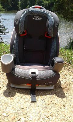Graco Nautilis 65 Car Seat