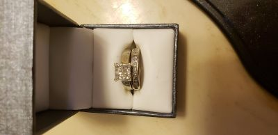 14k white gold 1ct diamond engagement ring with band size 7