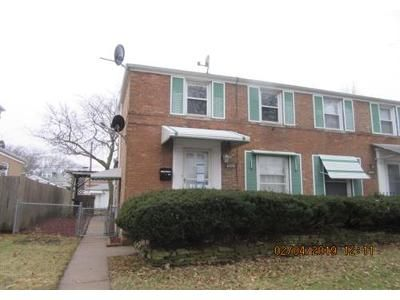 2 Bed 2 Bath Foreclosure Property in Lyons, IL 60534 - Konrad Ave