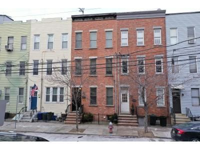 2 Bed 2 Bath Preforeclosure Property in Jersey City, NJ 07310 - 12th St