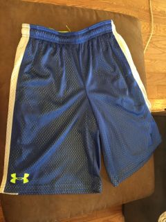 LIKE NEW! UNDER ARMOUR Blue & White Gym Shorts - Youth XL