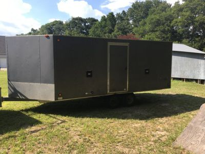 20 foot enclosed trailer