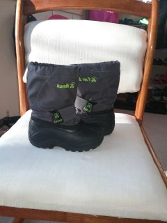 Size 10 snow boot