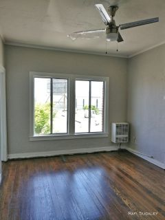 Beautifully Remodeled Studio in Prime Location