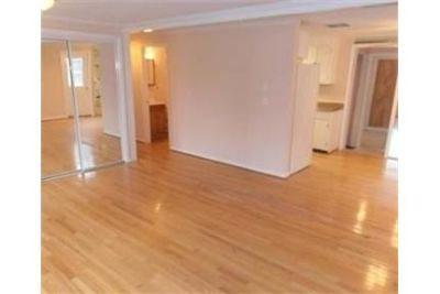 Great Central Location 3 bedroom, 1.50 bath