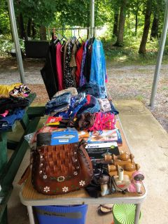 Yardsale various Items Come See