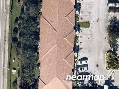 3 Bed 2.5 Bath Preforeclosure Property in Palm Beach Gardens, FL 33410 - Napol I Lake Dr