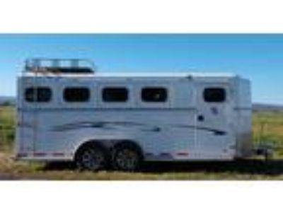 Trails West Sierra II Bumper Pull 4 Horse Trailer