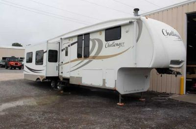 Used 2009 KEYSTONE CHALLENGER for sale