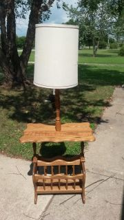 LAMP TABLE WITH MAGAZINE RACK