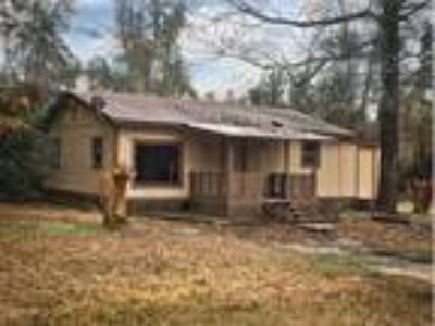 Two BR, One BA home With Central AC/Heat, Onalaska, TX