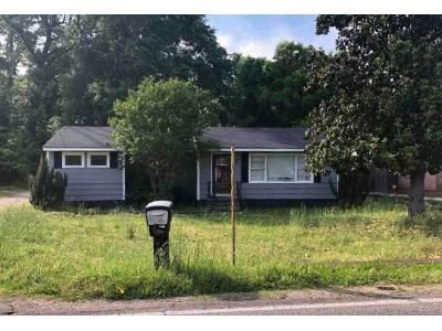 3 Bed 1 Bath Foreclosure Property in Bessemer, AL 35023 - 27th Ave N