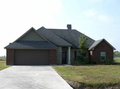 96583 Bed, 2 Bath Brick-Fireplace-Large Lot (Opelousas)