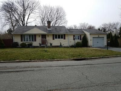 3 Bed 2 Bath Preforeclosure Property in East Brunswick, NJ 08816 - Wolff Ave