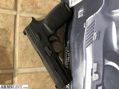 For Sale: Sig Sauer P320 9mm Full Size