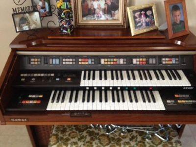 $350 Kawai organ