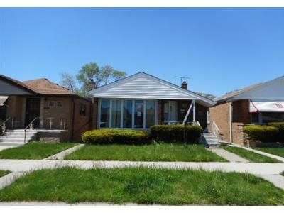 3 Bed 1 Bath Foreclosure Property in Chicago, IL 60617 - S Essex Ave