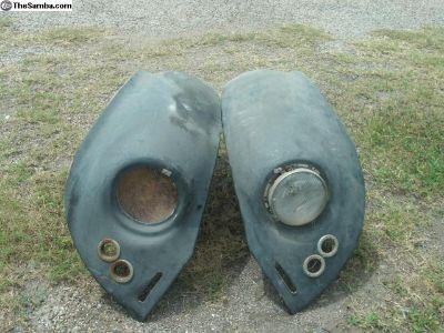 2 Front Fiberglass Fenders