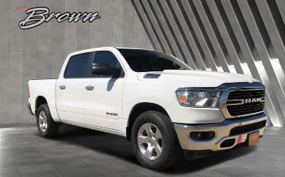 2019 Ram 1500 BIG HORN / LONE STAR CREW CAB 4X2 5'7 BOX