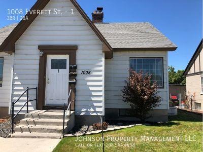 Apartment Rental - 1008 Everett St.