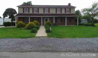 114 Redwood Lane DUNCANSVILLE, Nice home in a great