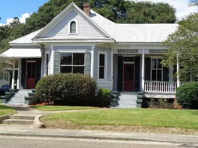 3 Bed 2 Bath Foreclosure Property in New Iberia, LA 70563 - Duperier Ave