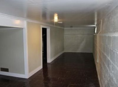 Spacious 3 beds, 1.5 baths house for rent