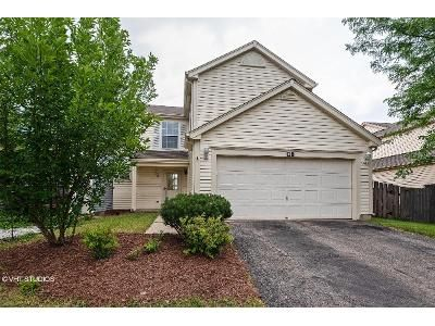 3 Bed 2.5 Bath Foreclosure Property in Carol Stream, IL 60188 - Horizon Cir