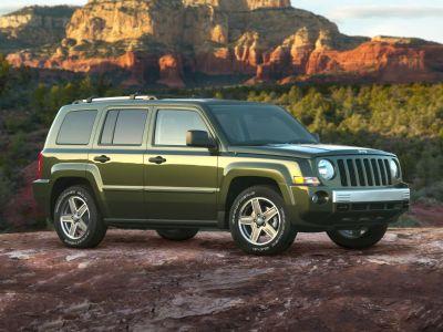 2009 Jeep Patriot Sport (Light Sandstone Metallic Clearcoat)