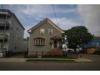 4 Bed 1 Bath Preforeclosure Property in Lynn, MA 01904 - Bulfinch St