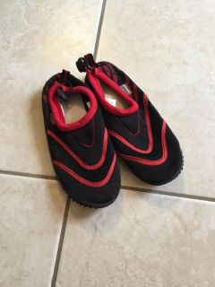 Water shoes/swim shoes, kids size 2