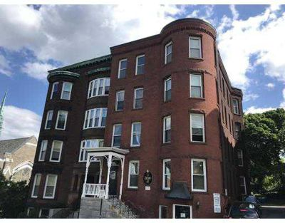 5 State St #3R WORCESTER, Beautiful Two BR brownstone in