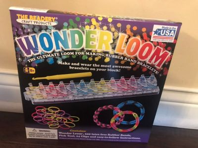 Brand new Wonder Loom. Porch pickup in Morton.