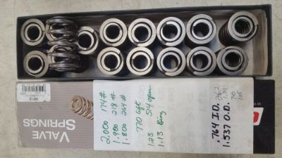 Sell Roller camshaft Dual valve springs new 1.54 OD 218# seat 520# open motorcycle in Laingsburg, Michigan, United States, for US $50.00