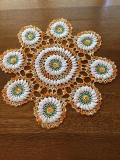 23 Antique Rambling Rose Pattern Crocheted Doily