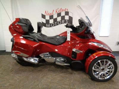 2015 Can-AM Spyder® RT Limited SE6 (Intense Red Pearl)