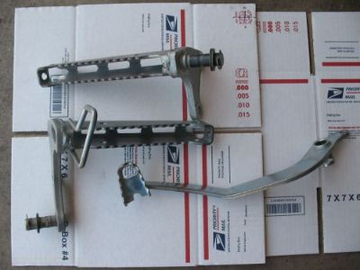 Buy YAMAHA WARRIOR FOOT PEGS AND BRAKE PEDAL motorcycle in Peoria, Arizona, United States, for US $19.00