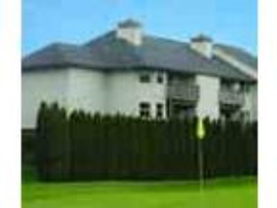 Great South Portland Location On Golf Course
