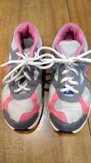 Nike, girls size 3, good condition