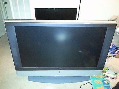 A Sony 50 inch HDTV ready rear projection LCD TV $70 dollars