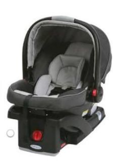 Graco SnugRide Click Connect Car Seat in Admiral