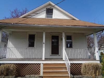 3 Bed 2 Bath Foreclosure Property in Maple Shade, NJ 08052 - W Main St