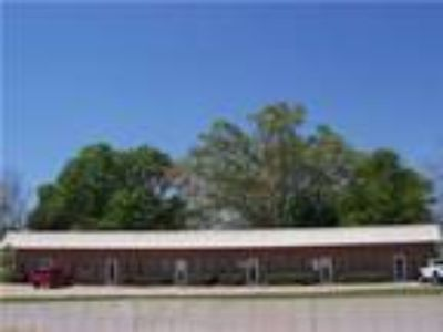 Gainesville, 720+/- SF Suite 400 Zoned H-B (Highway