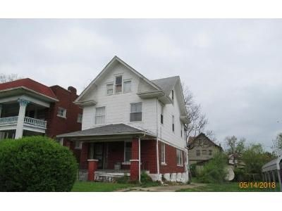 4 Bed 1 Bath Foreclosure Property in Kansas City, MO 64109 - Olive St