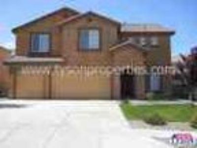 Wonderful Nw Home With Landscaped Backyard 3 Car