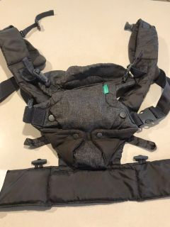 Infantino Baby Carrier Excellent Condition