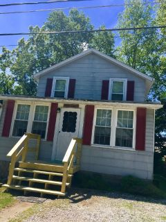 2 story detached home- student  housing for rent