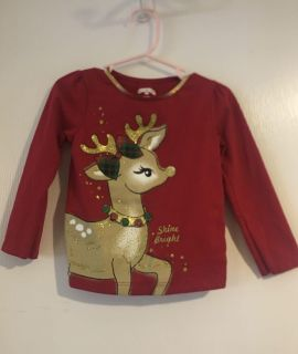 Super Adorable Reindeer Holiday Shirt Girls Size 2T Excellent Condition $3.00