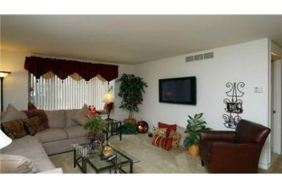 3 bedrooms Townhouse - Welcome to Dannybrook Apartments. Washer/Dryer Hookups!