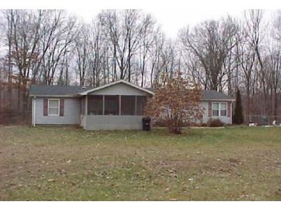 3 Bed 2 Bath Foreclosure Property in Spencer, IN 47460 - Ritter Woods Ln